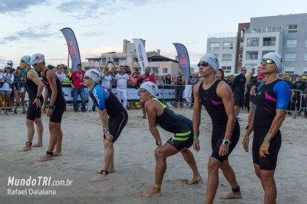 Womens Swim Start